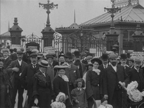 People promenading on Victoria Pier. Photo: BFI - 1904