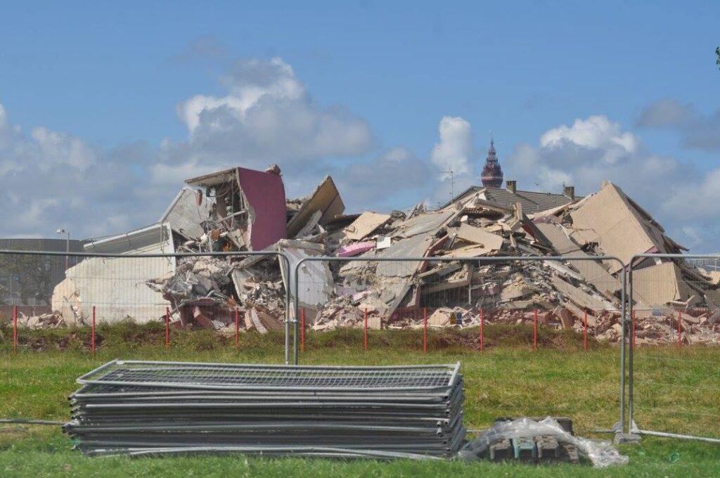 Demolition of Queens Park Flats. Photo: Juliette Gregson