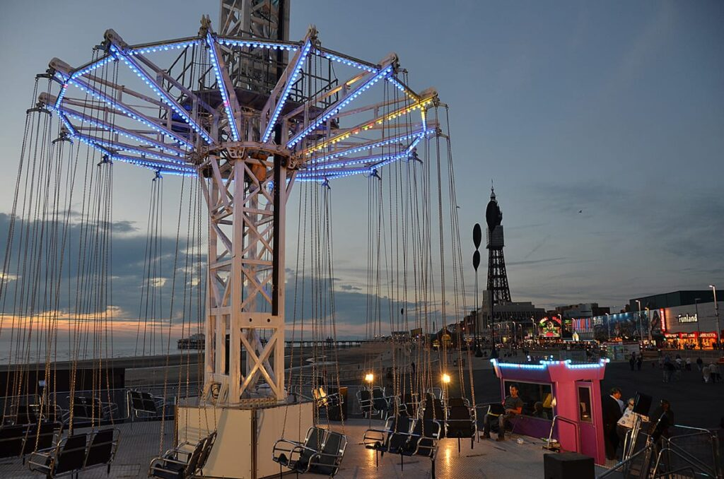Amusements and fairground rides at Central Pier