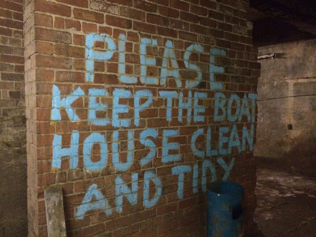 Please keep the boat house clean and tidy